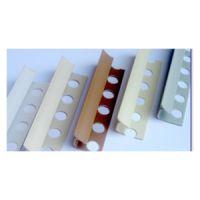 PVC lajsna za unutrašnji ugao bela